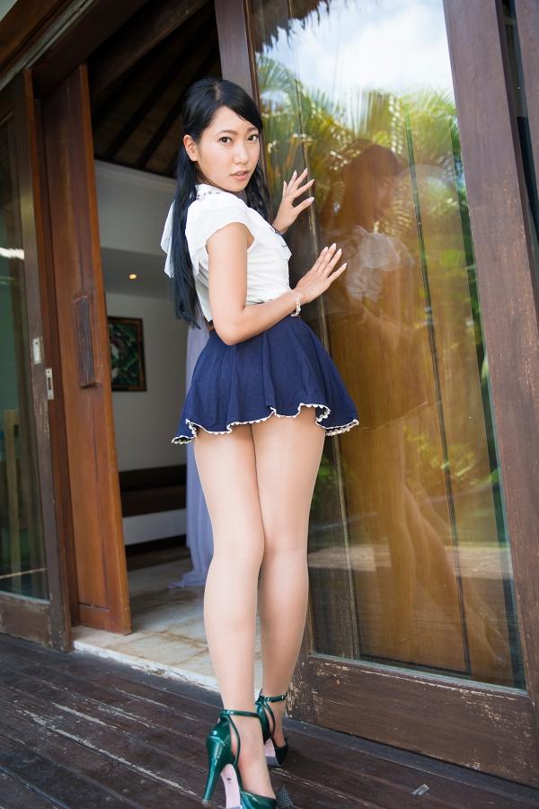 【三田羽衣グラビア画像】Tバックが食い込むエロ尻にザーメンをブッカケたくなる愛人キャラ! 43