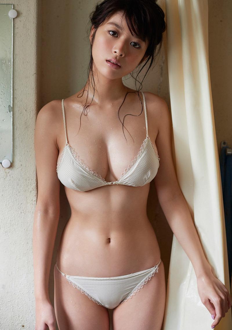 【馬場ふみかグラビア画像】Fカップ巨乳にクビレ腰のスーパー激エロビキニボディ! 29