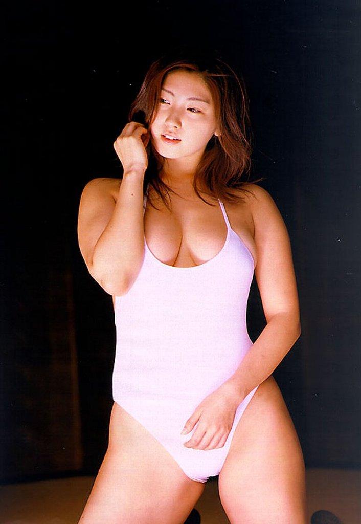 【大沢舞子グラビア画像】高校時代にオッパイで野球部員を元気にさせてたって本当かwwww 10