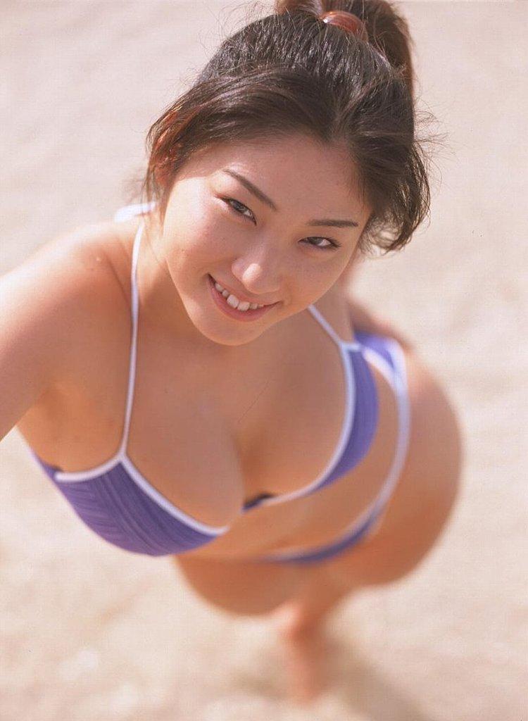 【大沢舞子グラビア画像】高校時代にオッパイで野球部員を元気にさせてたって本当かwwww 45