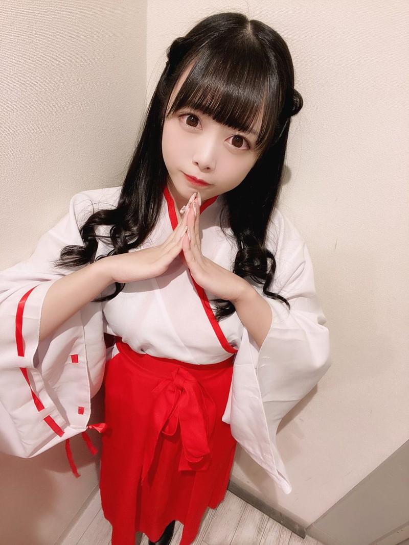 【花宮ことりエロ画像】お姫様チックなドレスが似合いそうな大きなオッパイしてるねぇ! 81