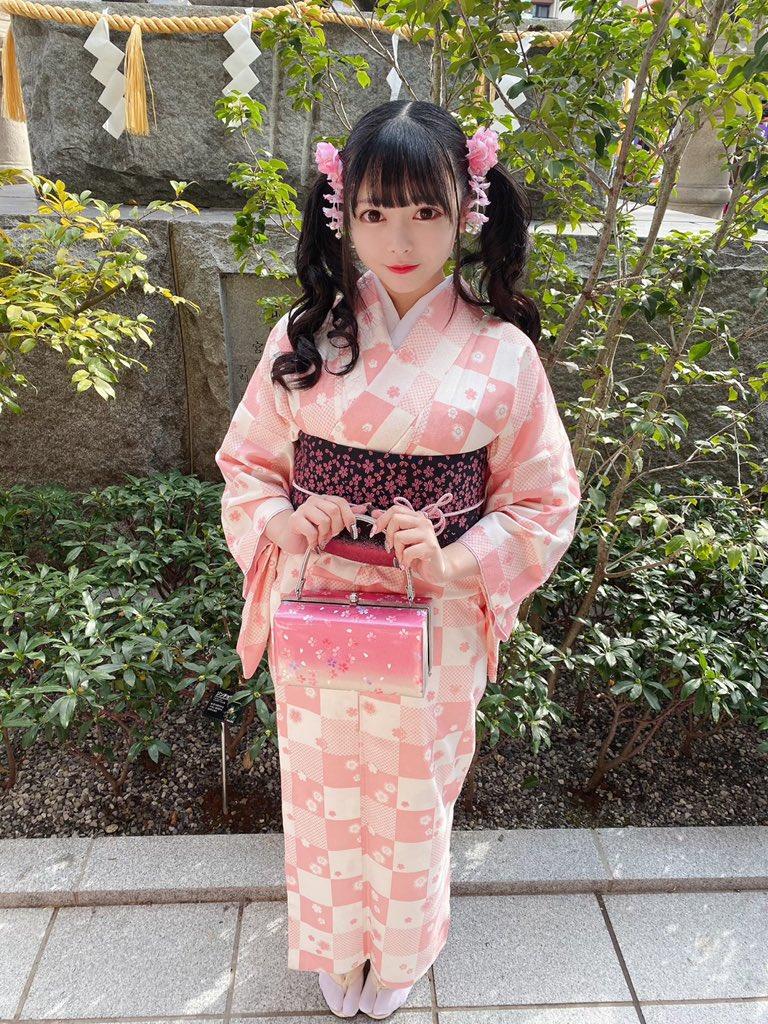 【花宮ことりエロ画像】お姫様チックなドレスが似合いそうな大きなオッパイしてるねぇ! 84