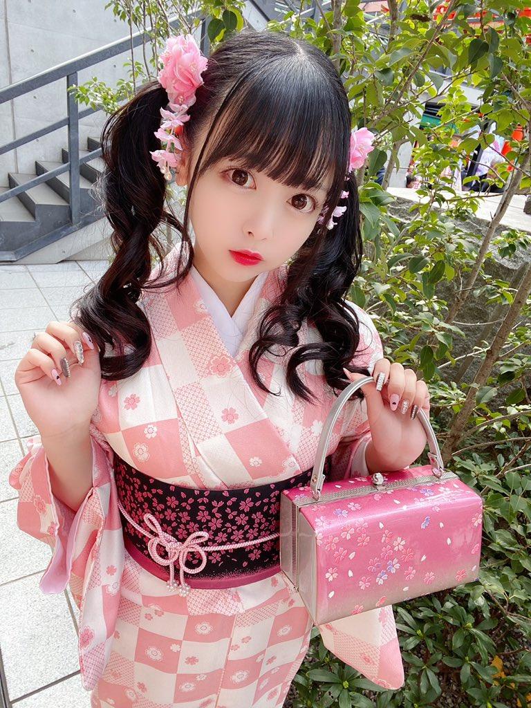 【花宮ことりエロ画像】お姫様チックなドレスが似合いそうな大きなオッパイしてるねぇ! 86