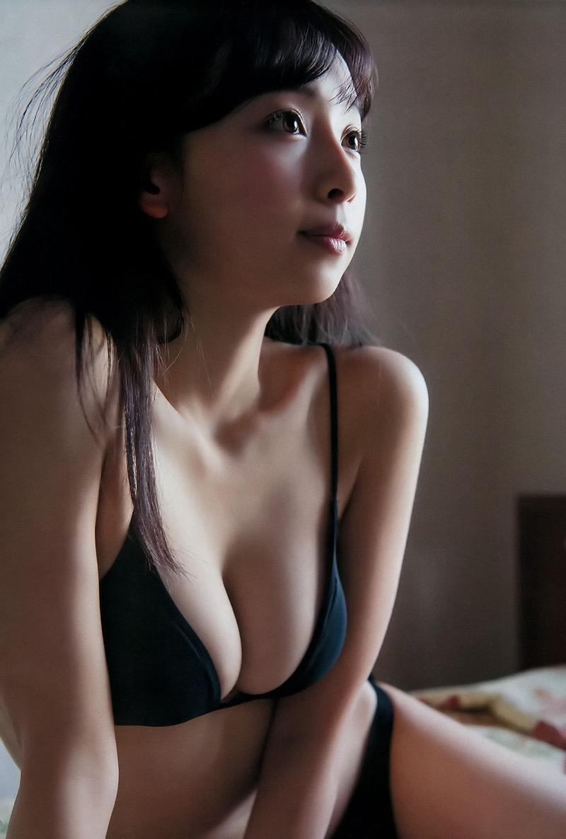 【華村あすかグラビア画像】あどけない表情にセクシーボディのギャップがエロい美女 58