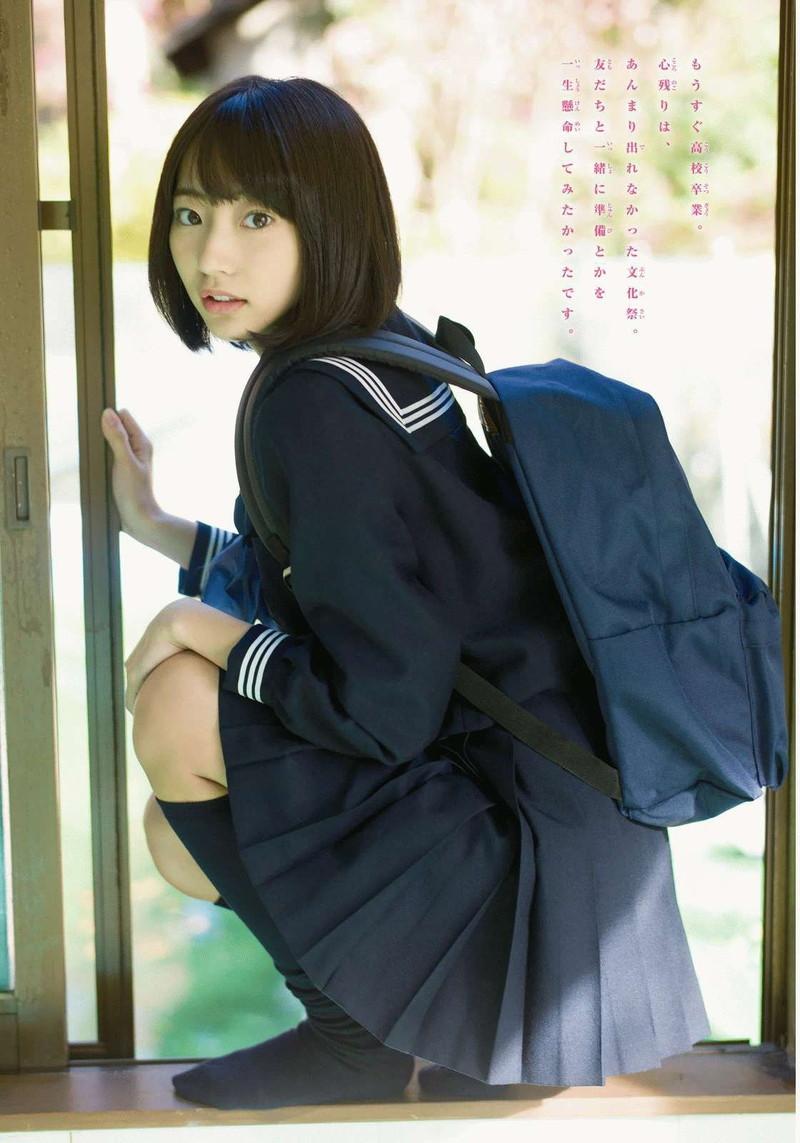 【美少女制服画像】見ているだけで癒やされる美少女アイドルの学校制服姿に萌えた 04