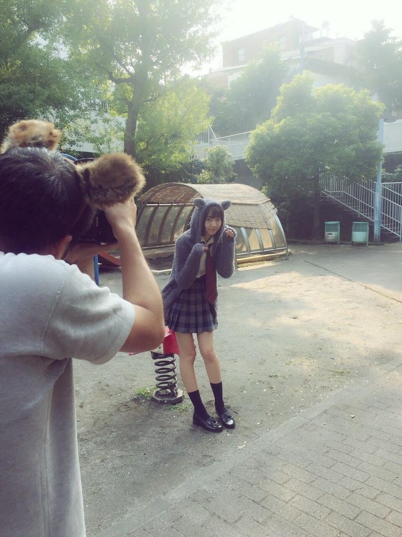 【美少女制服画像】見ているだけで癒やされる美少女アイドルの学校制服姿に萌えた 09