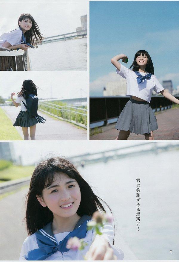 【美少女制服画像】見ているだけで癒やされる美少女アイドルの学校制服姿に萌えた 17