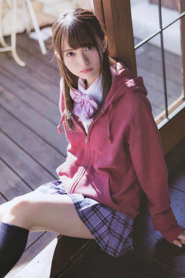 【美少女制服画像】見ているだけで癒やされる美少女アイドルの学校制服姿に萌えた 24