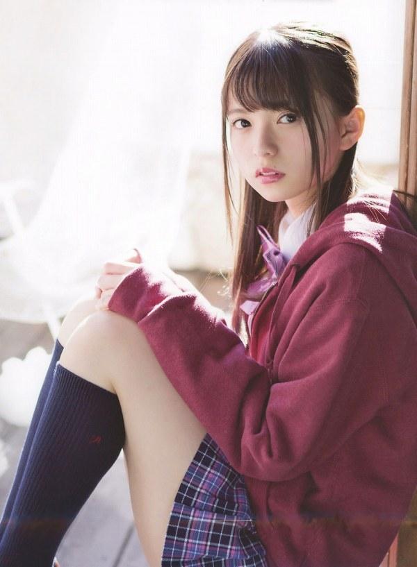 【美少女制服画像】見ているだけで癒やされる美少女アイドルの学校制服姿に萌えた 25