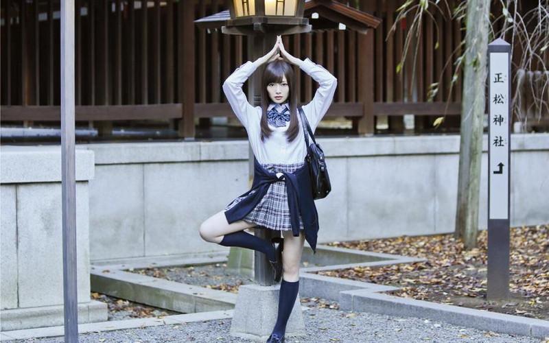 【美少女制服画像】見ているだけで癒やされる美少女アイドルの学校制服姿に萌えた 26