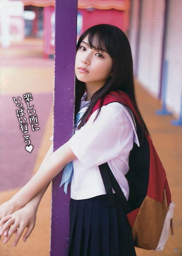 【美少女制服画像】見ているだけで癒やされる美少女アイドルの学校制服姿に萌えた 44