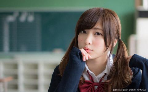 【美少女制服画像】見ているだけで癒やされる美少女アイドルの学校制服姿に萌えた 65