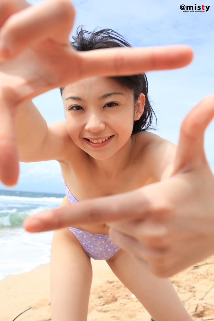 【秋山依里エロ画像】美少女キャラのコスプレで話題になった仮面ライダー女優 34