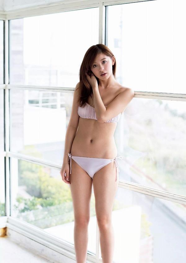 【朝比奈彩グラビア画像】ファッションモデルらしいスタイル抜群な長身ボディが映える! 48