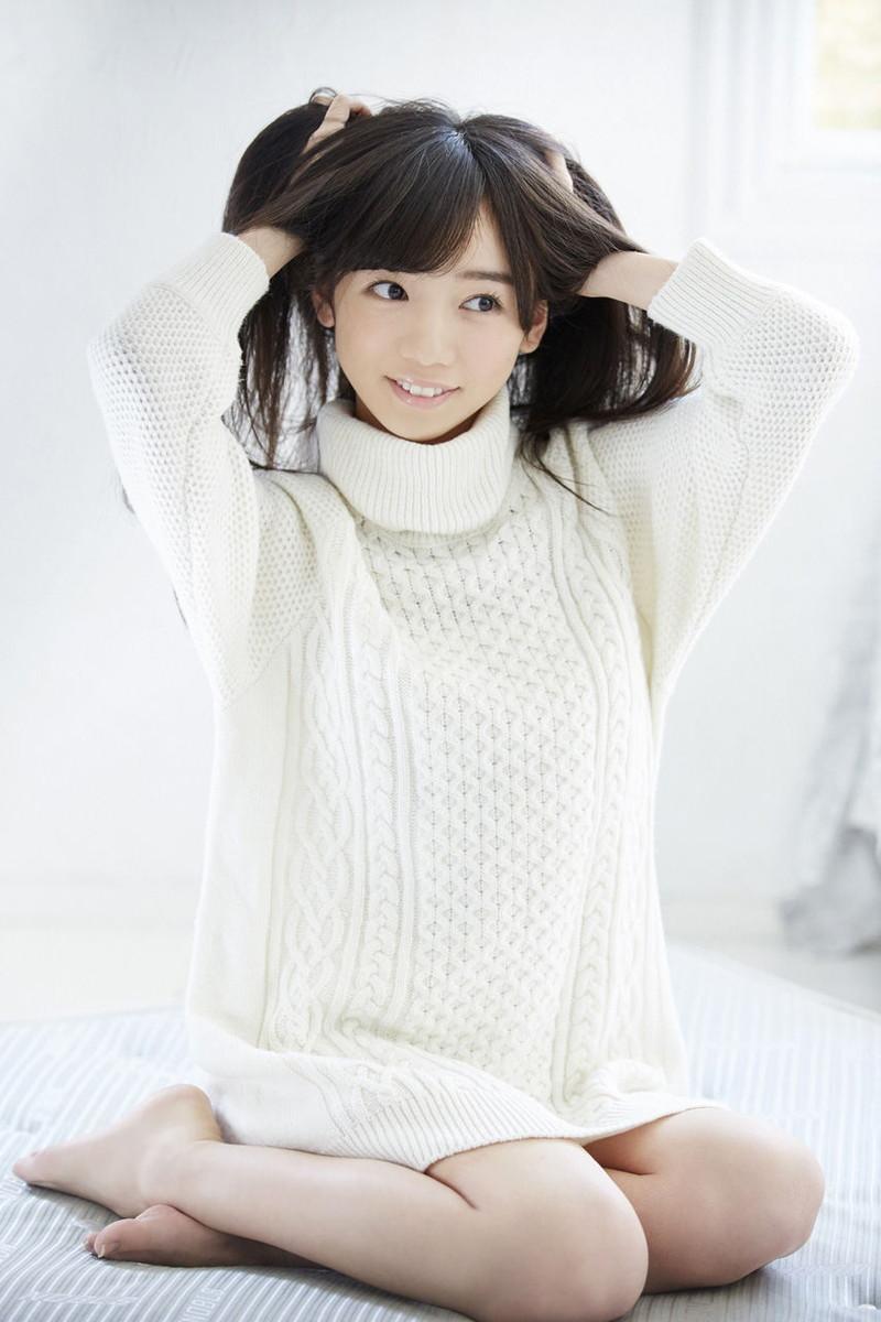【美少女アイドル画像】美少女勢揃い!坂系アイドルたちのちょっとエッチなグラビア 18