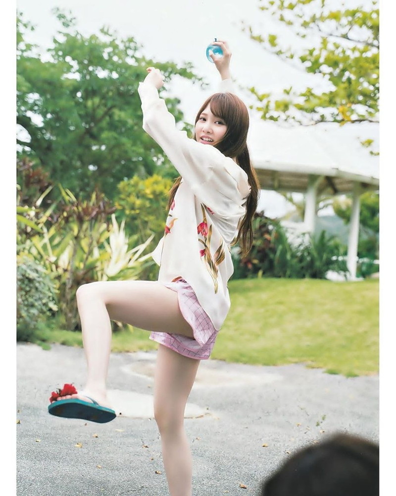 【美少女アイドル画像】美少女勢揃い!坂系アイドルたちのちょっとエッチなグラビア 78