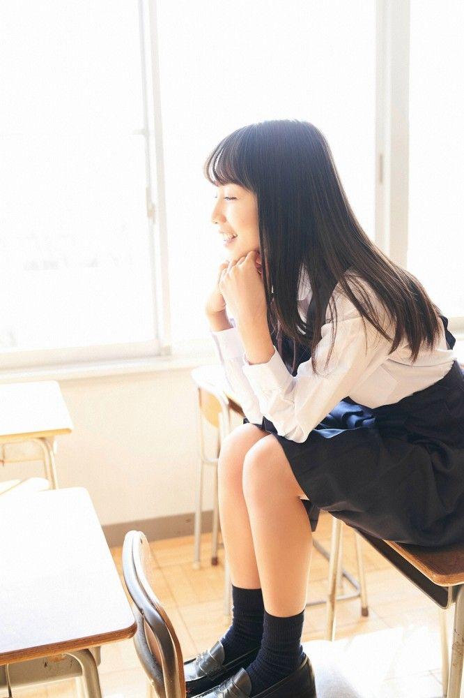 【黒木ひかりグラビア画像】現役高校5年生という凄い肩書を得てしまった美少女グラドルw 34