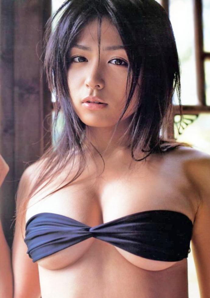 【川村ゆきえグラビア画像】先日グラドル卒業したEカップ美熟女のセクシー写真! 04