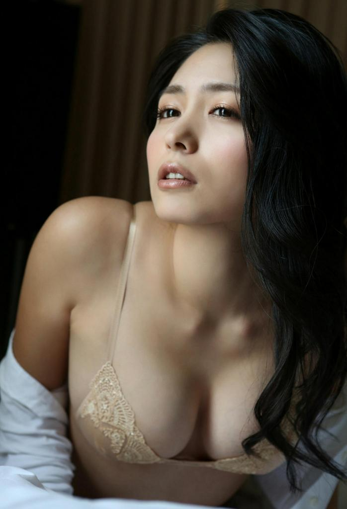 【川村ゆきえグラビア画像】先日グラドル卒業したEカップ美熟女のセクシー写真! 08
