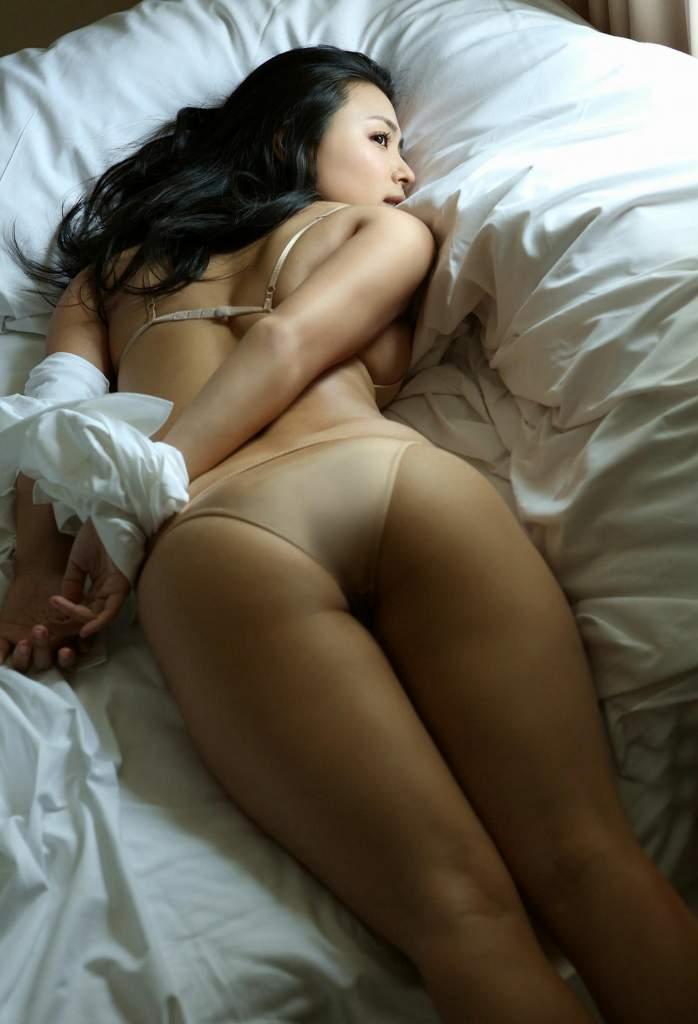 【川村ゆきえグラビア画像】先日グラドル卒業したEカップ美熟女のセクシー写真! 10