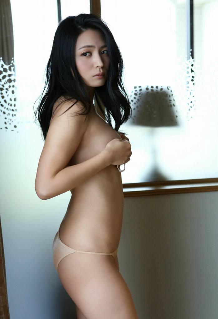 【川村ゆきえグラビア画像】先日グラドル卒業したEカップ美熟女のセクシー写真! 11