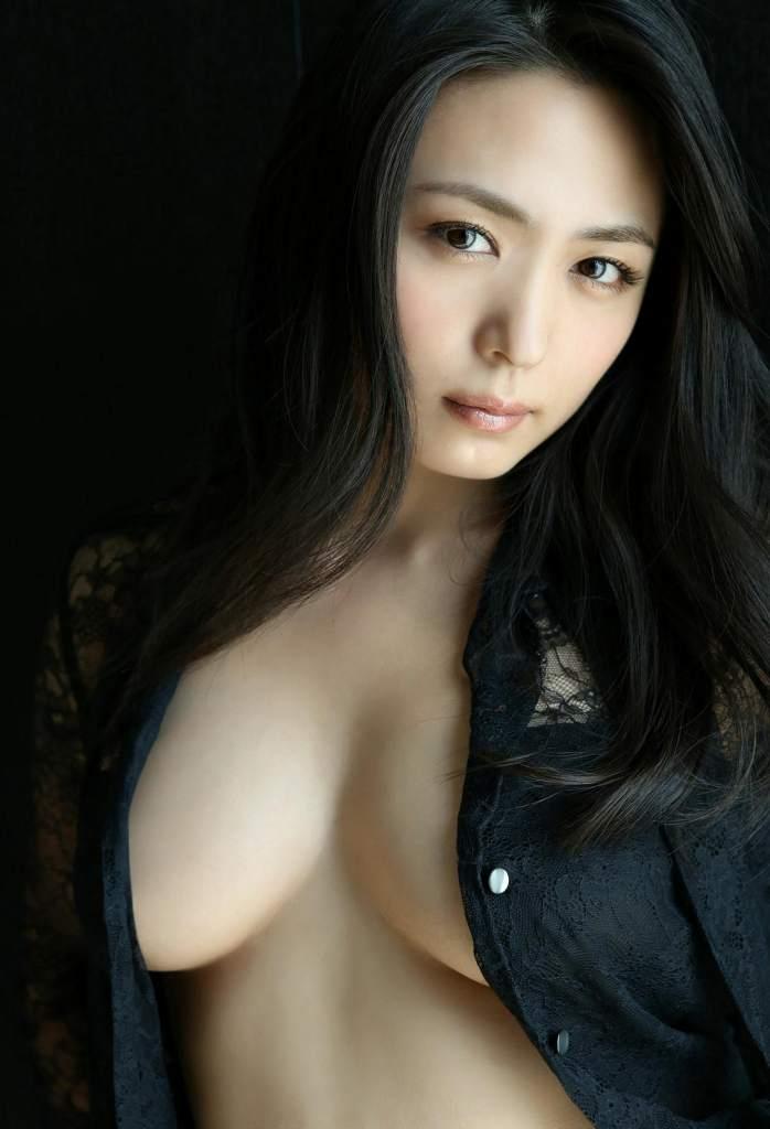 【川村ゆきえグラビア画像】先日グラドル卒業したEカップ美熟女のセクシー写真! 21