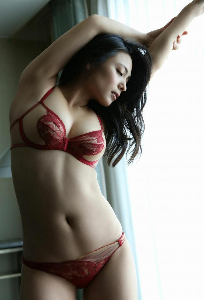 【川村ゆきえグラビア画像】先日グラドル卒業したEカップ美熟女のセクシー写真! 25