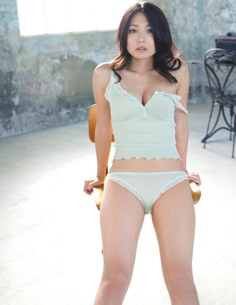 【川村ゆきえグラビア画像】先日グラドル卒業したEカップ美熟女のセクシー写真! 51
