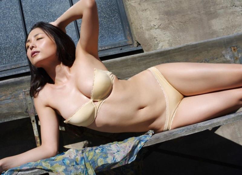 【川村ゆきえグラビア画像】先日グラドル卒業したEカップ美熟女のセクシー写真! 87