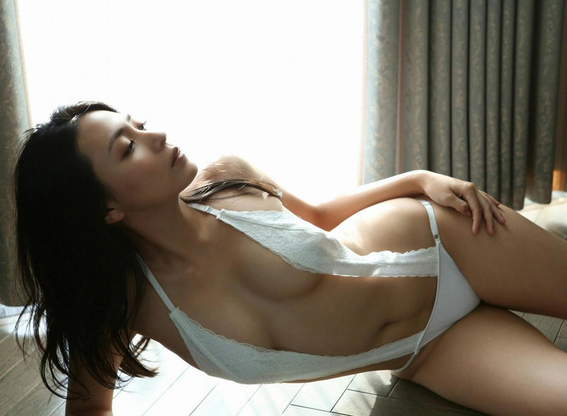 【川村ゆきえグラビア画像】先日グラドル卒業したEカップ美熟女のセクシー写真! 93