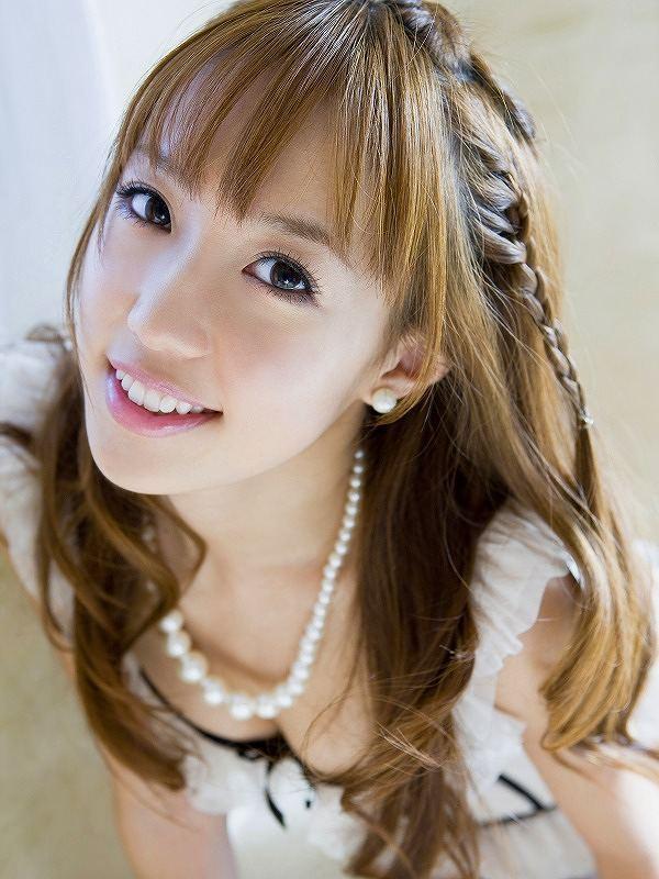 【川崎希グラビア画像】AKB48のチームAに所属していた実業家タレントのエロ画像! 50