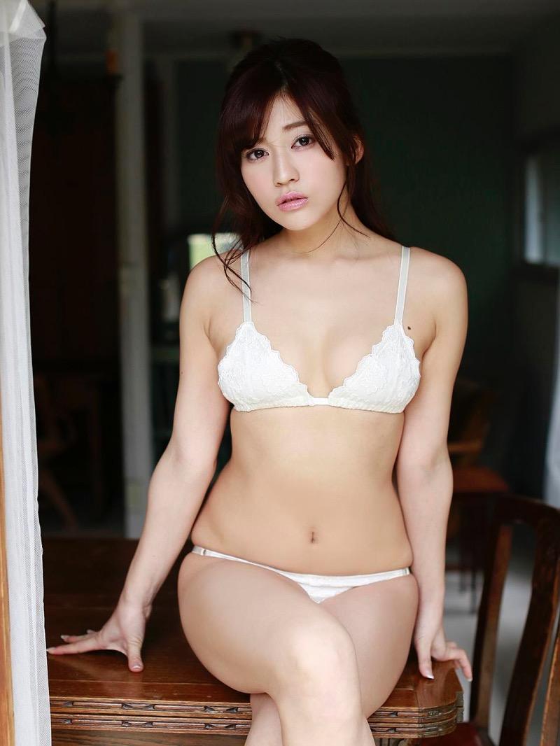 【大澤玲美グラビア画像】Fカップセクシーボディに笑顔がキュートなグラビア美女 05