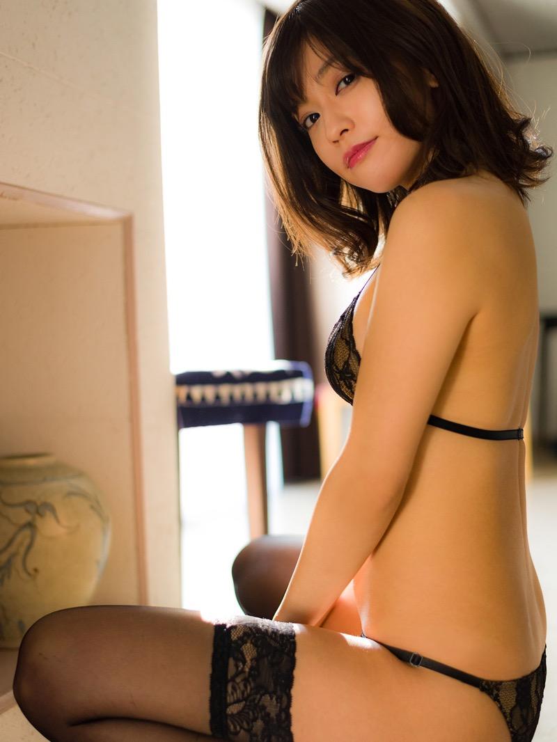 【大澤玲美グラビア画像】Fカップセクシーボディに笑顔がキュートなグラビア美女 16