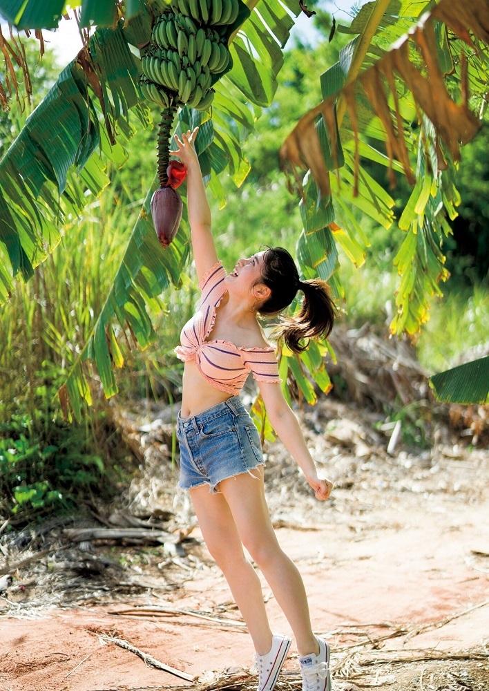 【大久保桜子グラビア画像】美肌美乳で人気上昇中の清楚系美少女が魅せる大胆ビキニ姿 21
