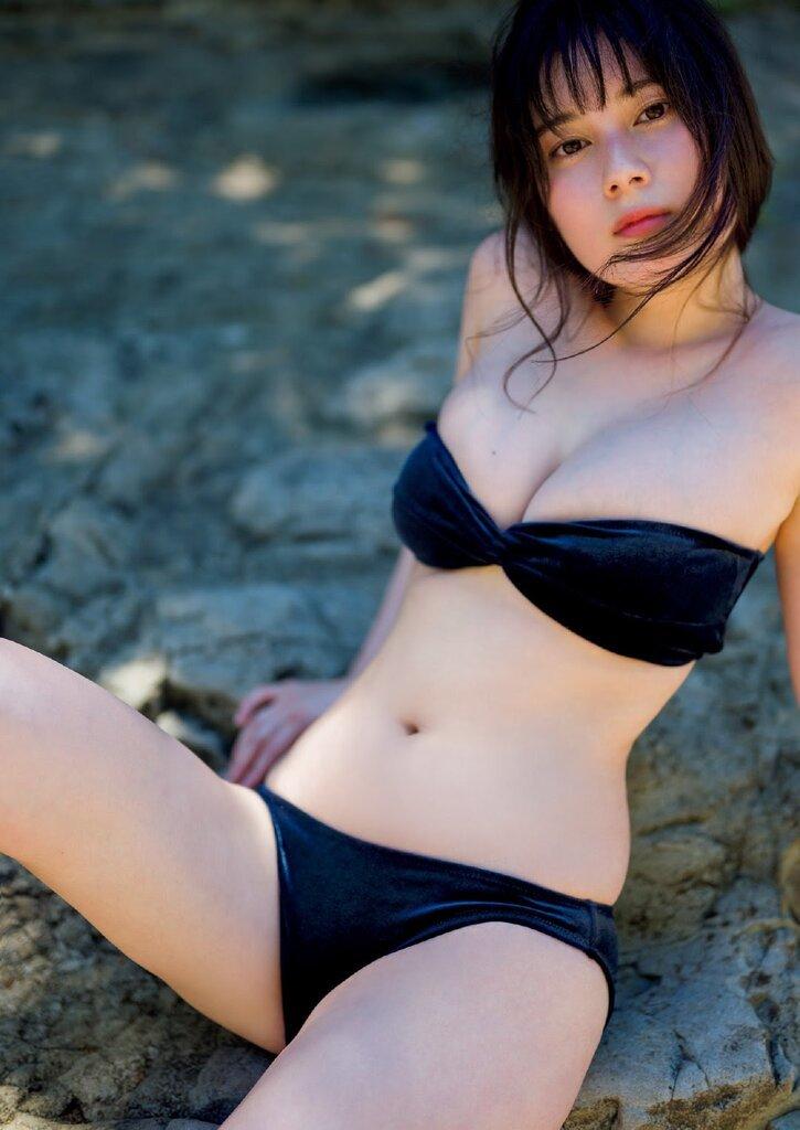 【大久保桜子グラビア画像】美肌美乳で人気上昇中の清楚系美少女が魅せる大胆ビキニ姿 31