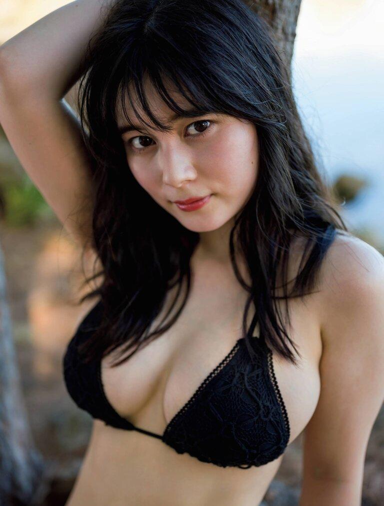 【大久保桜子グラビア画像】美肌美乳で人気上昇中の清楚系美少女が魅せる大胆ビキニ姿 35