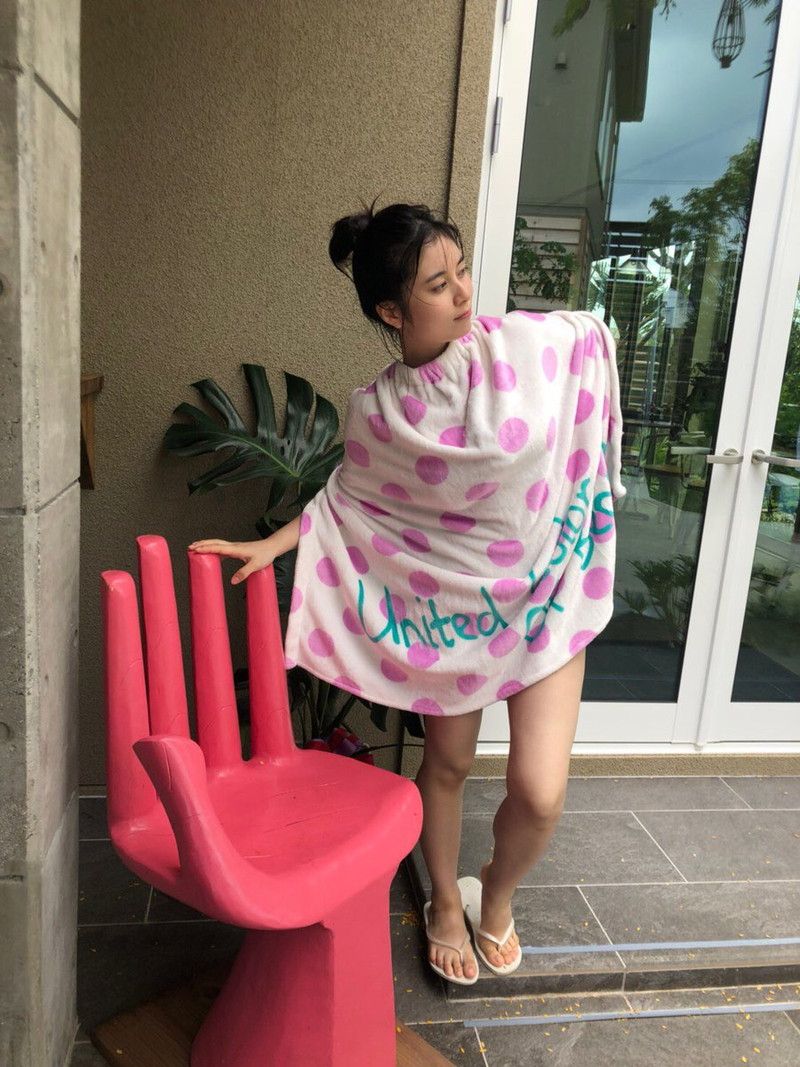 【大久保桜子グラビア画像】美肌美乳で人気上昇中の清楚系美少女が魅せる大胆ビキニ姿 42
