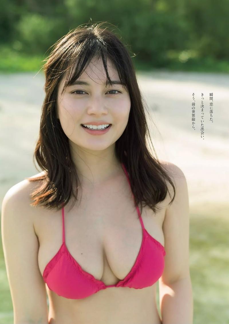 【大久保桜子グラビア画像】美肌美乳で人気上昇中の清楚系美少女が魅せる大胆ビキニ姿 47