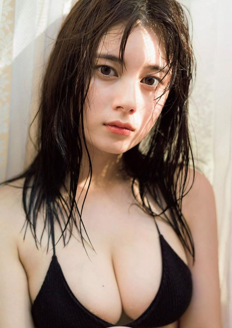 【大久保桜子グラビア画像】美肌美乳で人気上昇中の清楚系美少女が魅せる大胆ビキニ姿 51