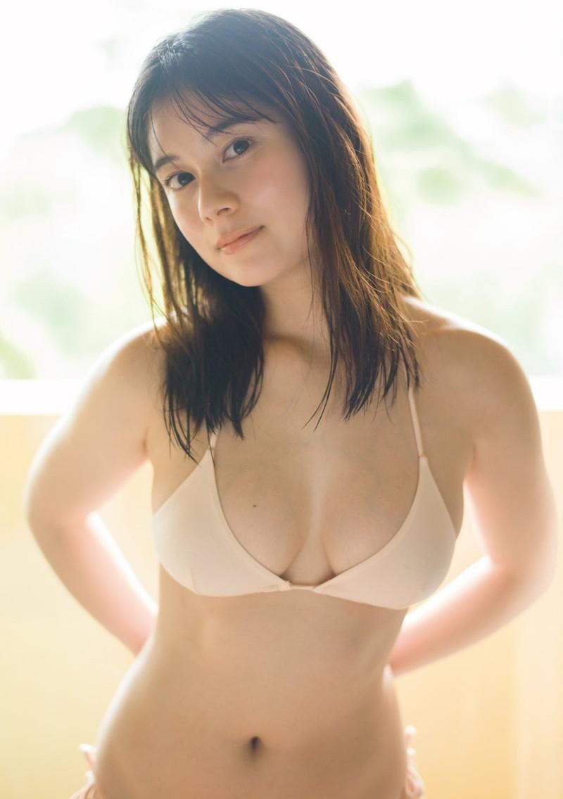 【大久保桜子グラビア画像】美肌美乳で人気上昇中の清楚系美少女が魅せる大胆ビキニ姿 58