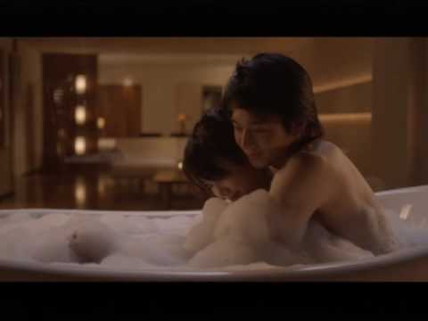 【芸能人濡れ場画像】普段脱ぐことが無い女優のセックスシーンお宝画像 13