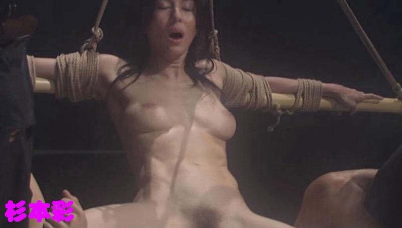 【芸能人濡れ場画像】普段脱ぐことが無い女優のセックスシーンお宝画像 21