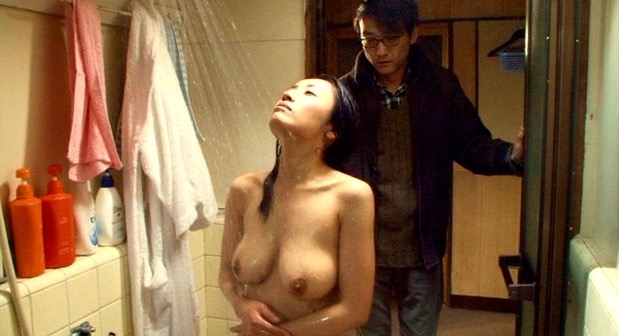 【芸能人濡れ場画像】普段脱ぐことが無い女優のセックスシーンお宝画像 28