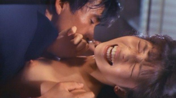 【芸能人濡れ場画像】普段脱ぐことが無い女優のセックスシーンお宝画像 58