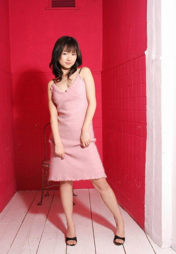【川元由香グラビア画像】アイドル系の可愛い顔してるのに結構エッチだなぁ~ 07