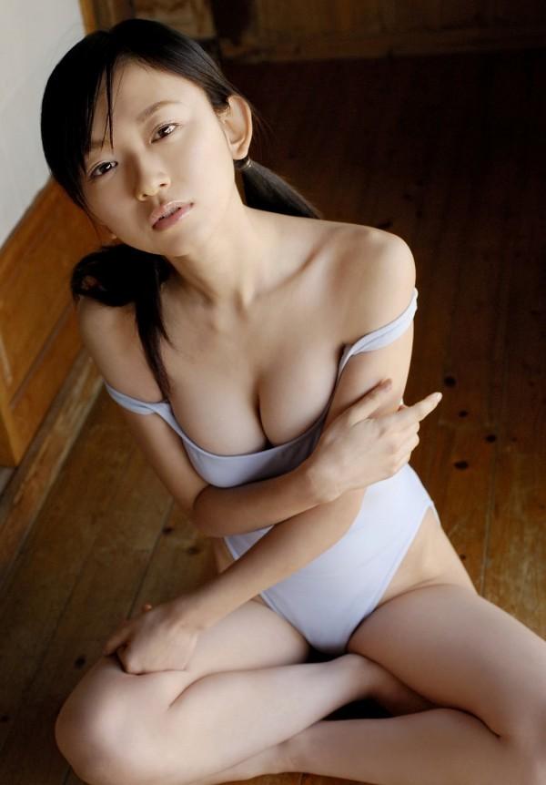 【川元由香グラビア画像】アイドル系の可愛い顔してるのに結構エッチだなぁ~ 22