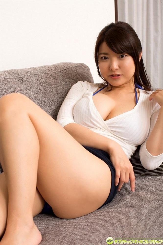 【花井美理グラビア画像】激エロJカップ爆乳をヌードで惜しげもなく晒すグラドル美熟女 23