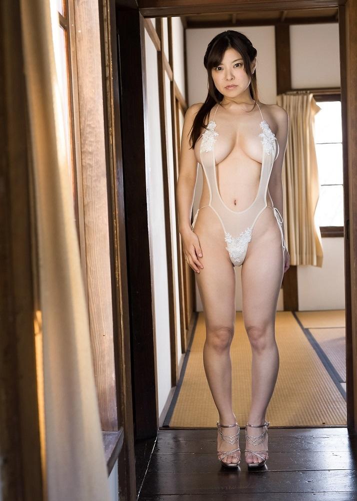 【花井美理グラビア画像】激エロJカップ爆乳をヌードで惜しげもなく晒すグラドル美熟女 38