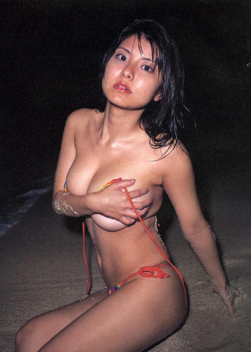 【花井美理グラビア画像】激エロJカップ爆乳をヌードで惜しげもなく晒すグラドル美熟女 49