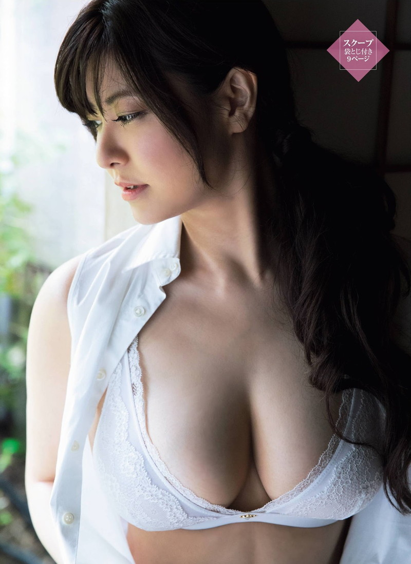 【花井美理グラビア画像】激エロJカップ爆乳をヌードで惜しげもなく晒すグラドル美熟女 72